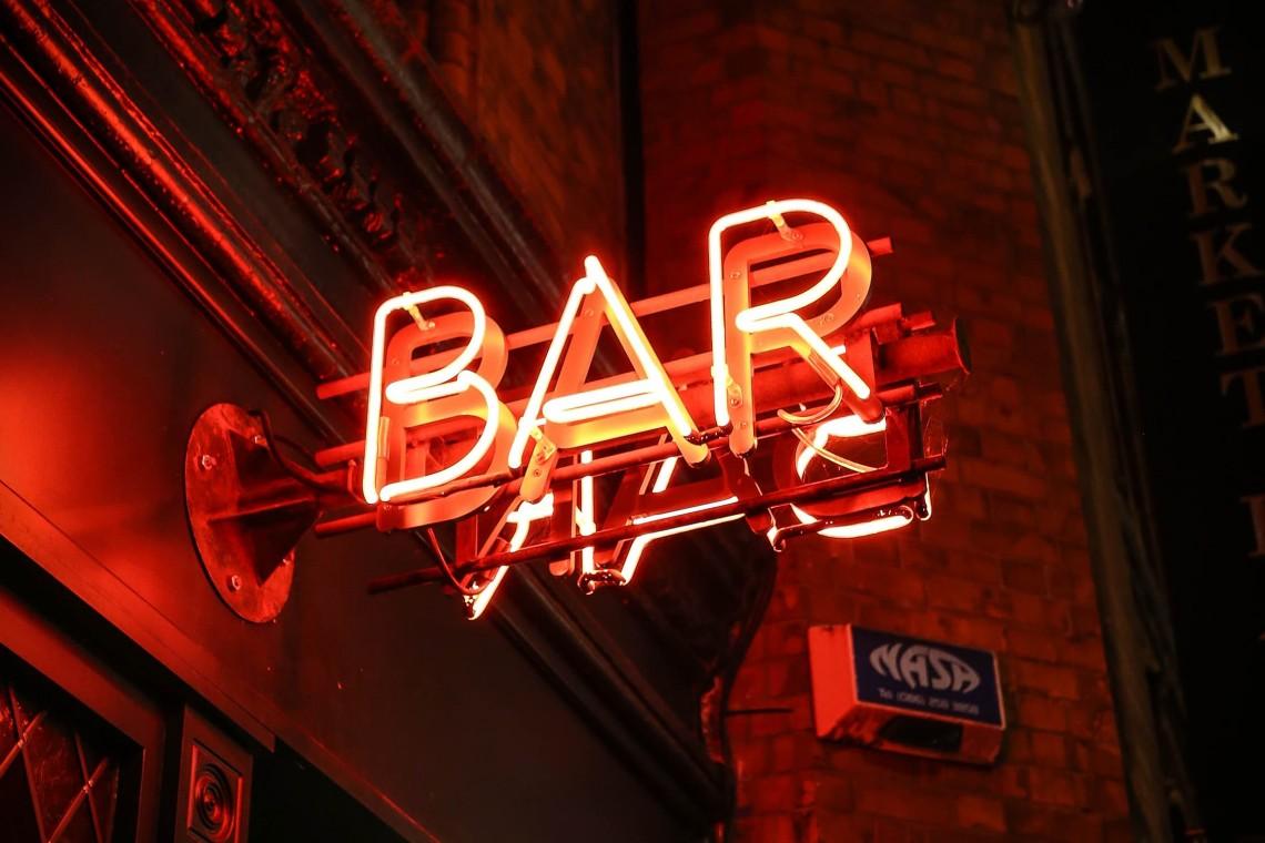 bar-unsplash