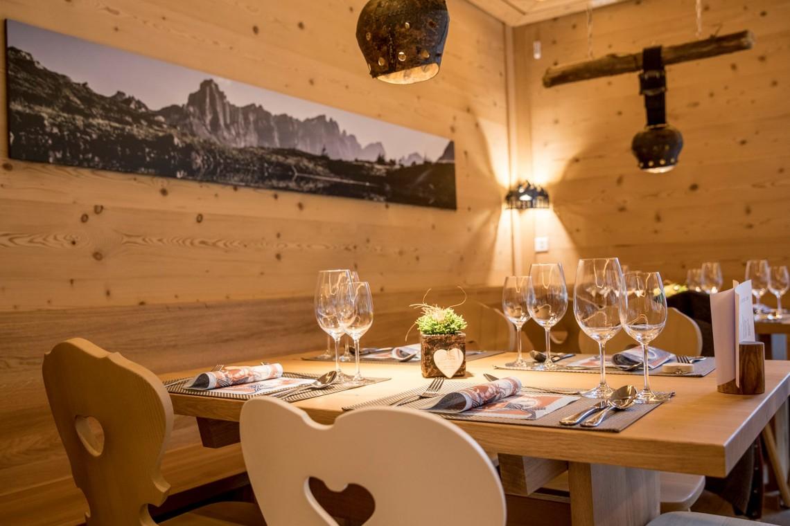 2019-gadmer-lodge-restaurant1